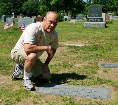 Estabrook at Jack Kerouac's Grave.JPG